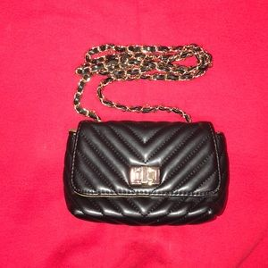 Steve Madden black leather cross body bag